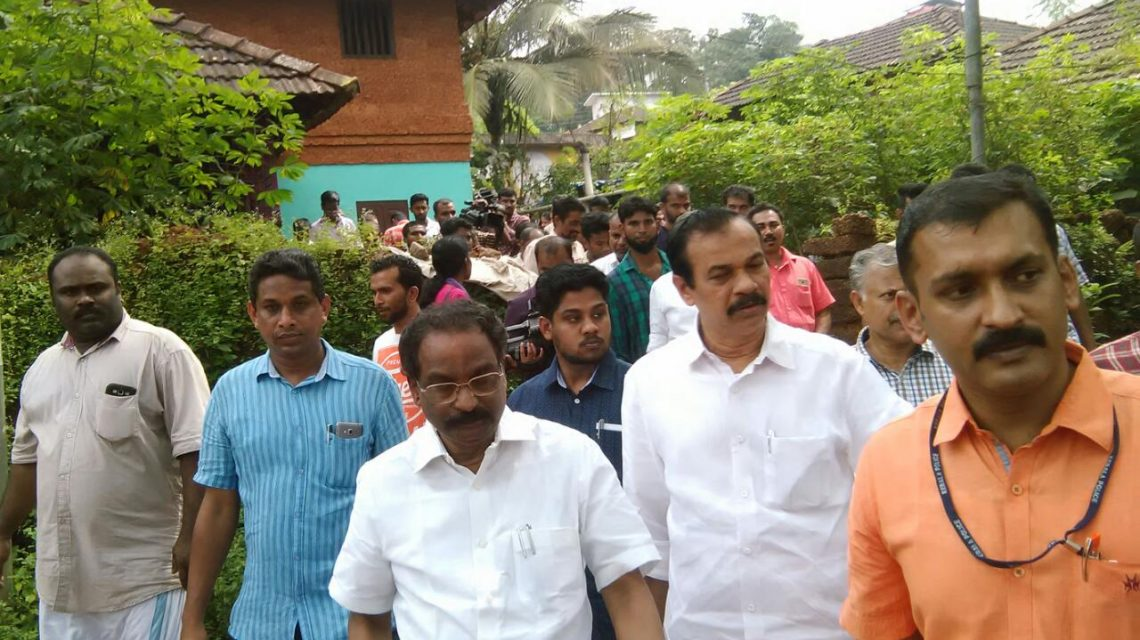 Minister for Welfare of Scheduled castes, Ssheduled Tribes and Backward classes,Law, Culture and Parliamentary Affairs Sri A K Balan visits houses in Malappuram